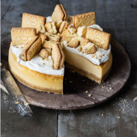 Martha Collison custard cream cheesecake