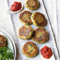 Spiced crab cakes with chilli tomato jam