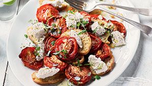 Warm tomato salad with goat's cheese