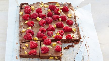 Chocolate raspberry biscuit cake