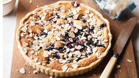 Easy blackberry & almond tart