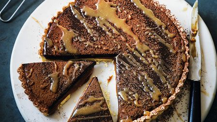 Quick salted caramel & chocolate tart