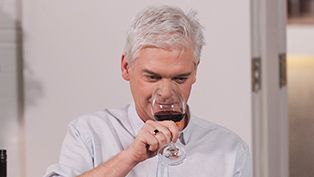 Phillip Schofield's wine with friends - Barbecue