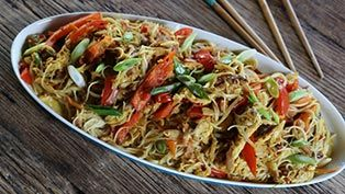 Ching's Chinese sauces: Singapore noodles